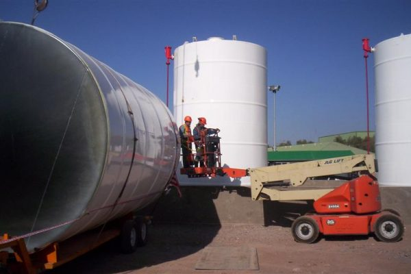 tanque vertical 70 mtrs 17-08-11 014 (Mediana)